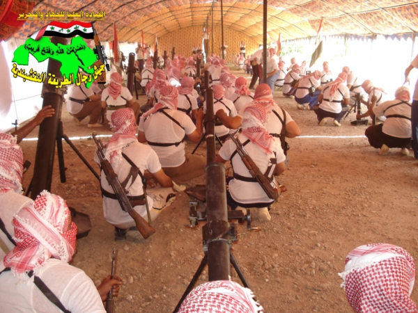 جيش رجال الطريقة النقشبندية قصف مقر للعدو الأمريكي بصاروخ الحق بتاريخ 2-11-2012 049