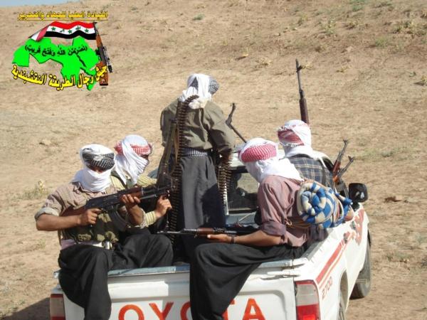 جيش رجال الطريقة النقشبندية قصف مقر للعدو الامريكي بصاروخ الحق  بتاريخ 6-11-2012 057