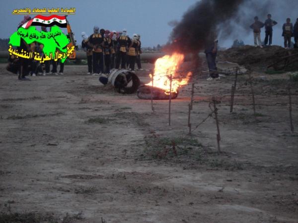 جيش رجال الطريقة النقشبندية قصف مقر للعدو الامريكي بتاريخ 25/9/2012  246